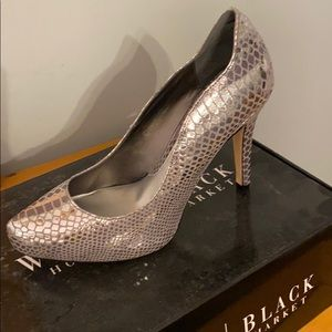 WhiteHouse BlackMarket Metallic Heel